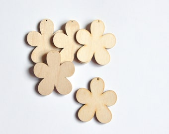 Flower Wooden Shape. Unfinished Wooden Ornament. Set of 5 pieces #AUSK024