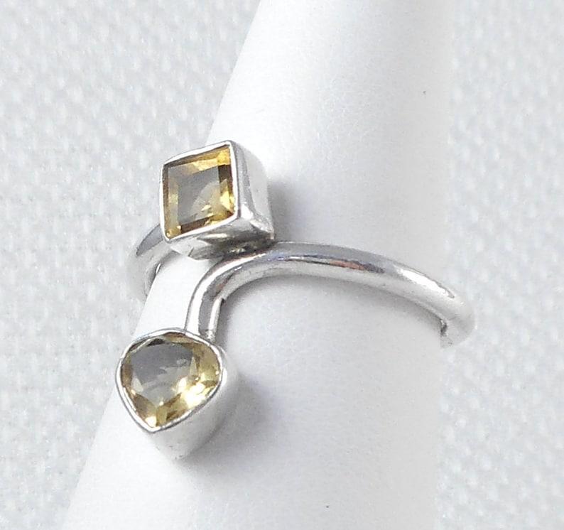 1abeae381586 Única piedra amarillo Vintage Plata anillo de piedras amarillo