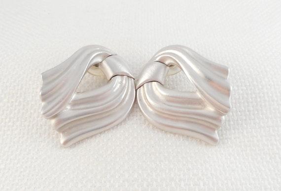 Vintage 1980's Rare Monet Drape Bow Earrings 80's… - image 3