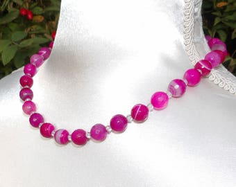 Fuchsia pink agate and quartz necklace
