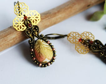 Earrings drop triple rosette - Japanese fabric brown leaf orange grapefruit and gold