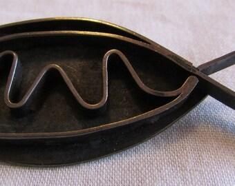 0ef751b1ad Interesting Sterling Silver Fish Pin