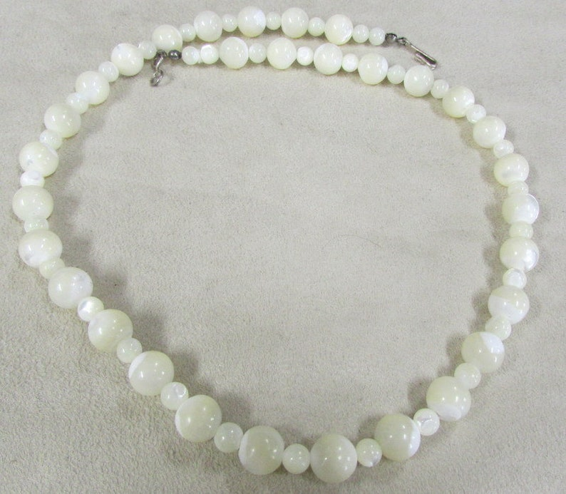 Mother of Pearl Bead Necklace