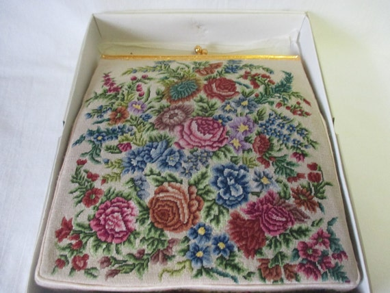 New Old Stock Tapestry Purse Hand bag ivoery gold