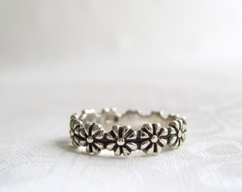 Daisy Ring, I Pick You Engraved Flower Ring, Silver Daisy Ring, Sterling Silver Rings For Women, Daisy Chain Ring Band, Silver Stacking Ring