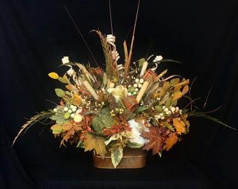 Lighted Fall Arrangement,Thanksgiving Table Centerpiece,Fall Wedding Arrangement,luxury Fall Arrangement,Pumpkins,Gourds,Fall centerpiece