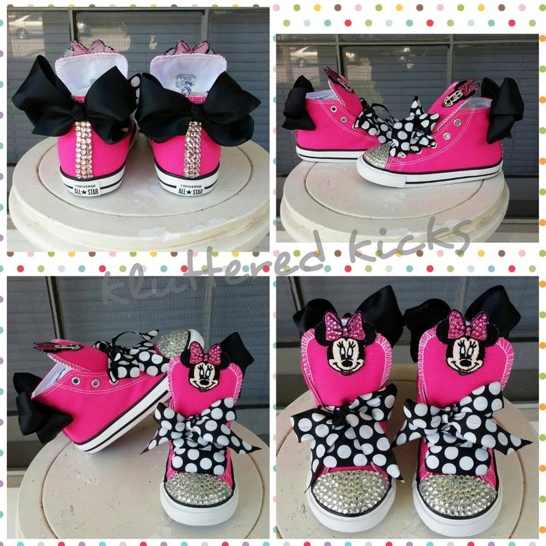 b27271240834 Minnie Mouse with Bow Custom Converse
