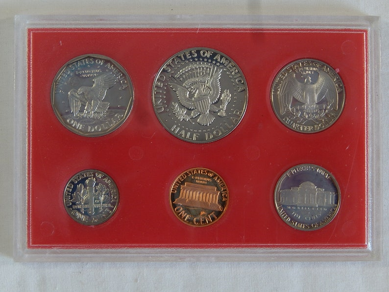 1981 U S  Proof Set With Dollar, Half Dollar, Quarter and Dime, Nickel and  Penny  Free Shipping