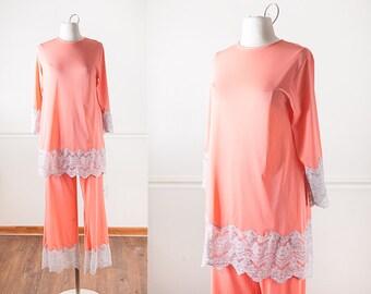 ce7d93b98d 1960s Lace Trimmed Pajama Set