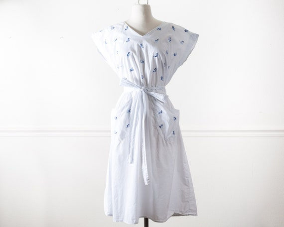 Vintage 1950s SWIRL Wrap Dress, Fit and Flare Whit