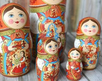 Russian matryoshka, babushka russian nesting doll (5 pcs.)