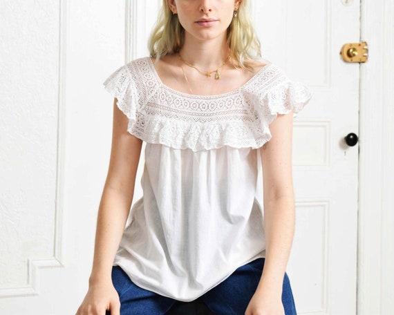 Vintage White Lace Blouse - image 6