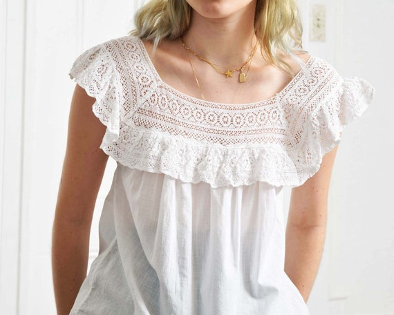 Vintage White Lace Blouse - image 3