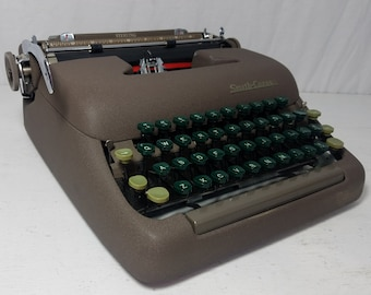 Beautiful Condition 1951 Smith-Corona Sterling Working Mid-Century Typewriter & Case! Free Shipping to Lower 48!