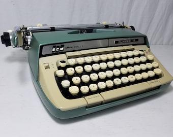 "Stylish ""Techno"" Font Green Smith-Corona Classic 12 Working Typewriter & Case! Free Shipping to Lower 48!"