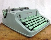 Hermes 3000 Seafoam Green Working Typewriter Case w Unique Techno Font Free Shipping to Lower 48