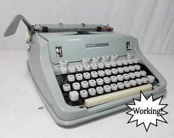 Hermes 3000 Seafoam Green Working Typewriter & Case w/Manual -  Free Shipping to Lower 48!
