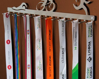Triathlon hook medal display