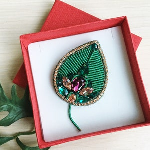 Golden flower brooch Handembroidery brooch Flower pin for jacket Brooch for auntie birthday Pin for scarf Present for nanny