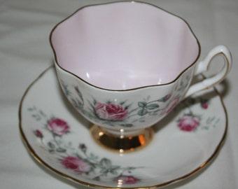Salisbury Tea Cup and Saucer Bone China Scalloped Edge Pink Gold Trim Base Roses England Crown