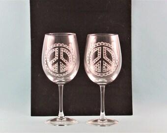 Hippie Mandala Peace Sign Wine Glasses - Hand Painted Wine Glasses -  Peace Sign Wine Glasses - Set of Two