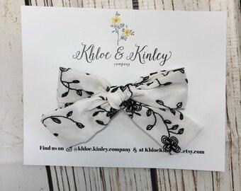 Black and white floral bow - hair bow - girls bows - alligator clip - nylon headband