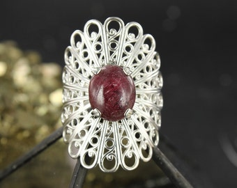 Ruby ring - Victorian ring - Gothic ring - Statement ring - Handmade