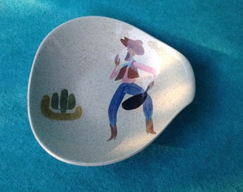 Red Wing Pottery Round Up Vegetable Serving Bowl Nappy With Cowboy #349