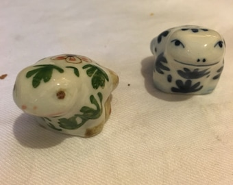 Frog pottery ornaments