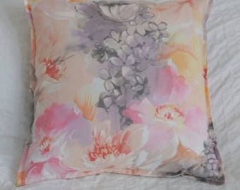 Pretty watercolour design cushion throw pillow cover