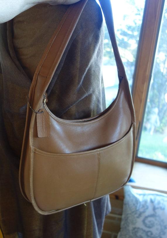 Vintage leather COACH Ergo pocket hobo bag camel 9
