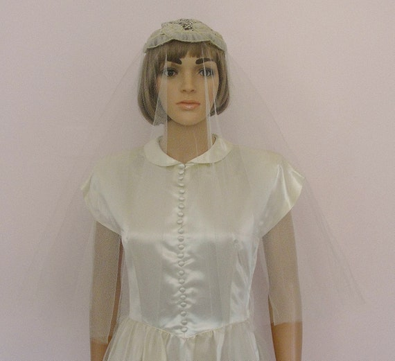 Vintage 1950s Porteous IVORY SATIN WEDDING Gown D… - image 2