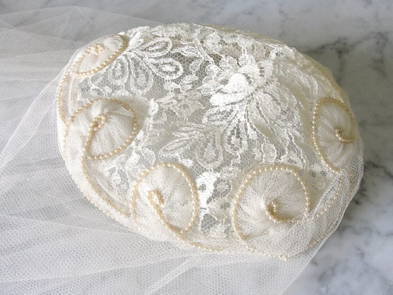 Vintage 1950s Porteous IVORY SATIN WEDDING Gown D… - image 5