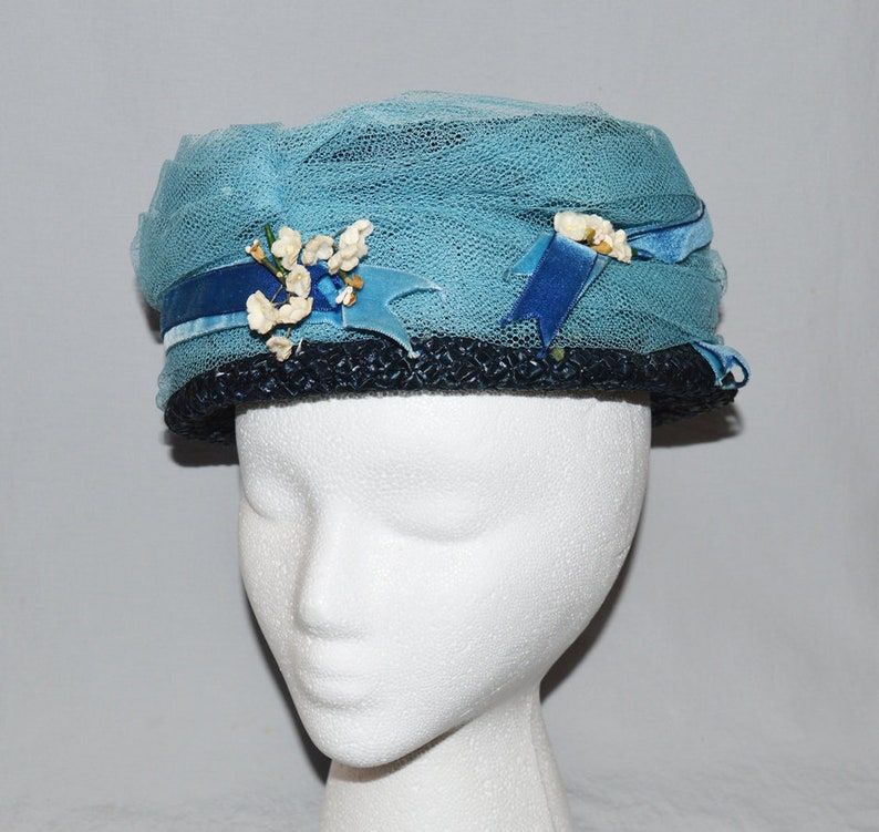 a453f572a1d65 Vintage Ladies  Hat - Dark Blue Raffia Lampshade or Bucket Hat