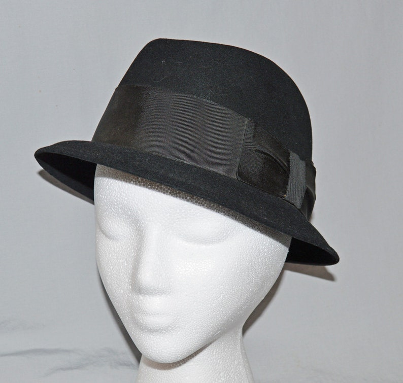 Vintage Dobbs Fifth Avenue Black Fur Fedora or Trilby  5e13b711e42