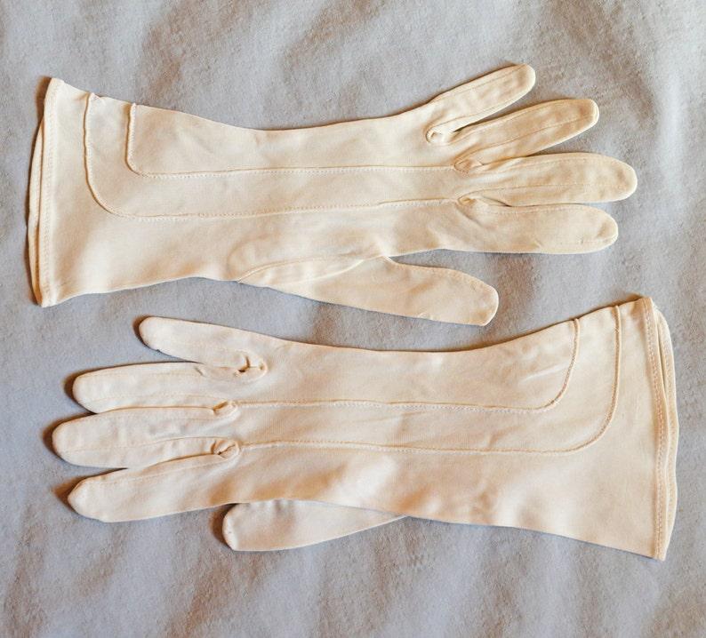 4e2422ab7 Vintage Ladies' Stetson Gloves Cream or Off White | Etsy