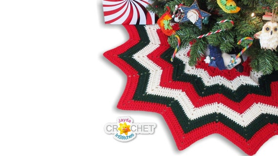 Christmas Tree Skirt  Crochet PATTERN PDF  12 Point Easy