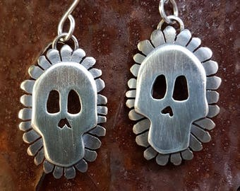 Skull and Petals No. 2 earrings / silver skull earrings / Day of the Dead / Dia de Los Muertos