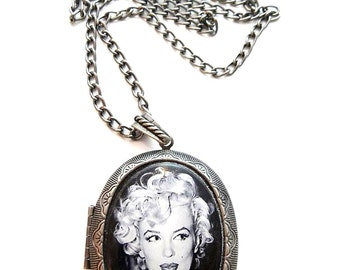 Marilyn Monroe Locket & Gift bag, Necklace, Jewellery, Marilyn Monroe, Marilyn Monroe Jewellery, Silver, Necklace, Retro, Jewelry, Gift