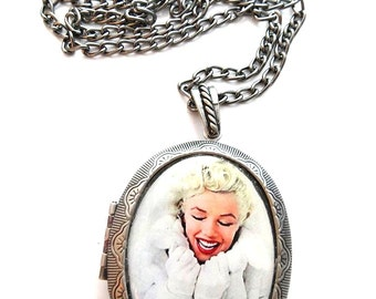 Marilyn Monroe Locket & Gift bag, Necklace, Jewellery, Marilyn Monroe Necklace, Marilyn Monroe Jewellery, Silver, Necklace, Jewelry, Gift
