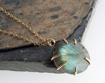 Natural Blue Green Labradorite Stone Necklace, Modern Necklace, Stone Necklace, Handmade Necklace, Labradorite Stone jewelry
