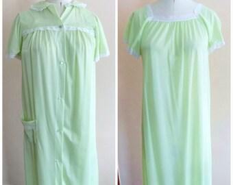 e3da631c43 60s Nightgown Robe