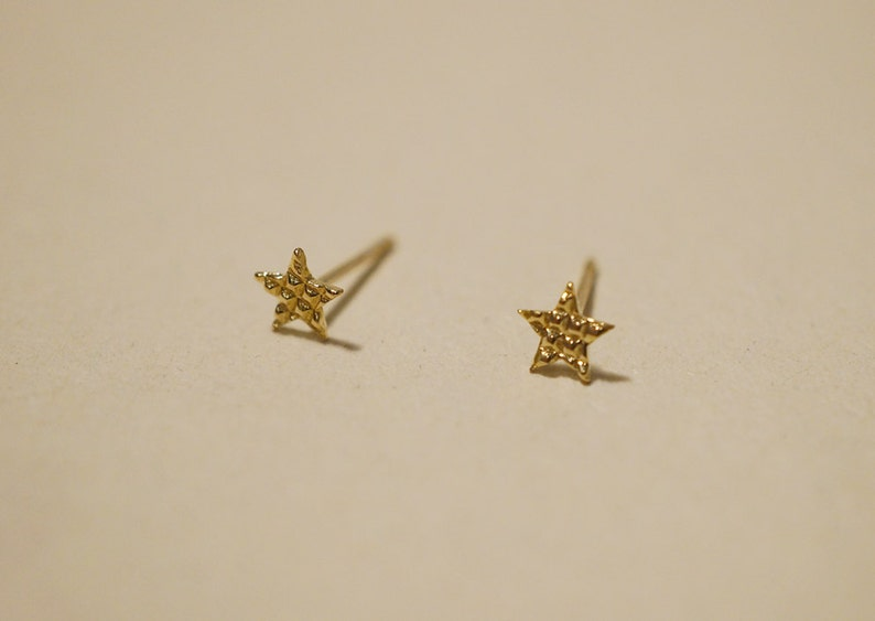 cf34d4f5d 10K Gold Tiny Star Stud Earrings Patterned Star Solid Gold | Etsy
