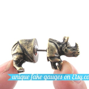 3D Realistic Spider Tarantula Bug Shaped Fake Gauge Two Part Stud Earrings in Brass Unique Faux Ear Piercings
