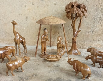African tree nativity with big five