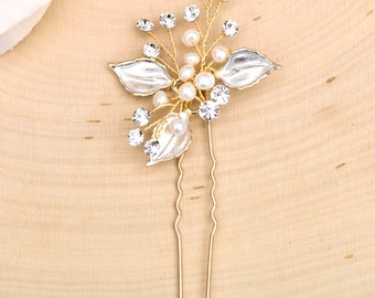 Bridal Hair Comb- Vintage Gold Wedding Hair Pin-  Rhinestone hair piece with pearl and crystals- H013