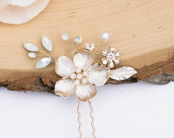 Bridal Hair Comb- Vintage Gold Wedding Hair Pin with opal-  Rhinestone hair piece with opals H021