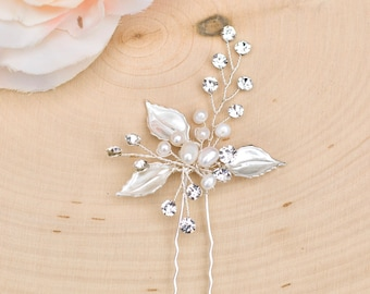 Bridal Hair Comb- Vintage Silver Wedding Hair Pin-  Rhinestone hair piece with pearl and crystals- H013