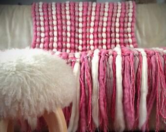 Woven Pink Chunky Blanket Wool Blanket Chunky Knit Throw Pure Wool Throw Poncho Blanket Girl Nursery Decor Knit Blanket Housewarming gift