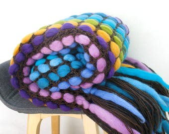 Colorful housewarming gift, fringes throw blanket, chunky yarn blanket, best wool gift, boho yoga blanket, couch decor throw, new house gift